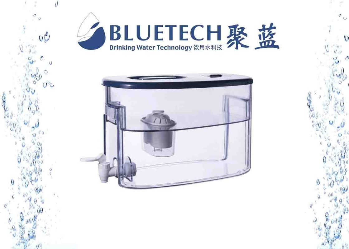Large capacity Water Filter Tank with chlorine and heavy metal removing filters